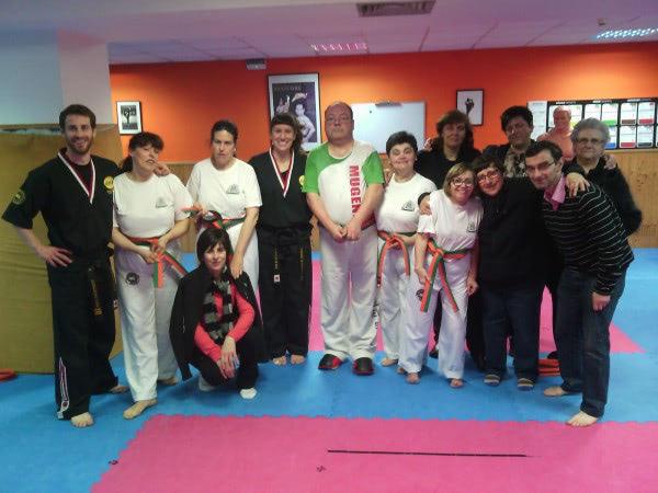 Apdema; Ecos de Usuarios. Nuevos cinturones en el arte marcial Mugendo
