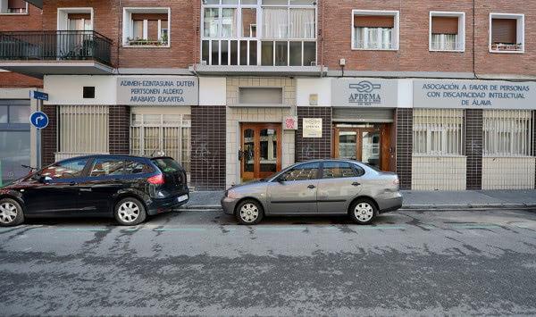 Apdema; Sede en calle La Paloma, Vitoria.