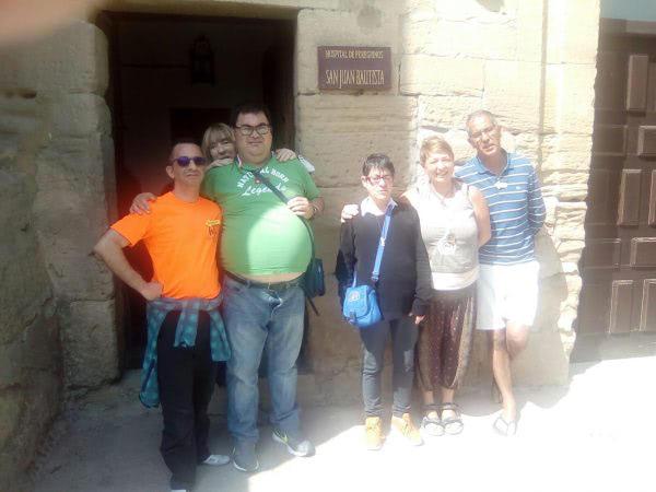 Apdema; Visitando el albergue de Grañón