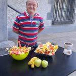 Taller de brochetas de fruta en el Museo Gastronómico de Llodio